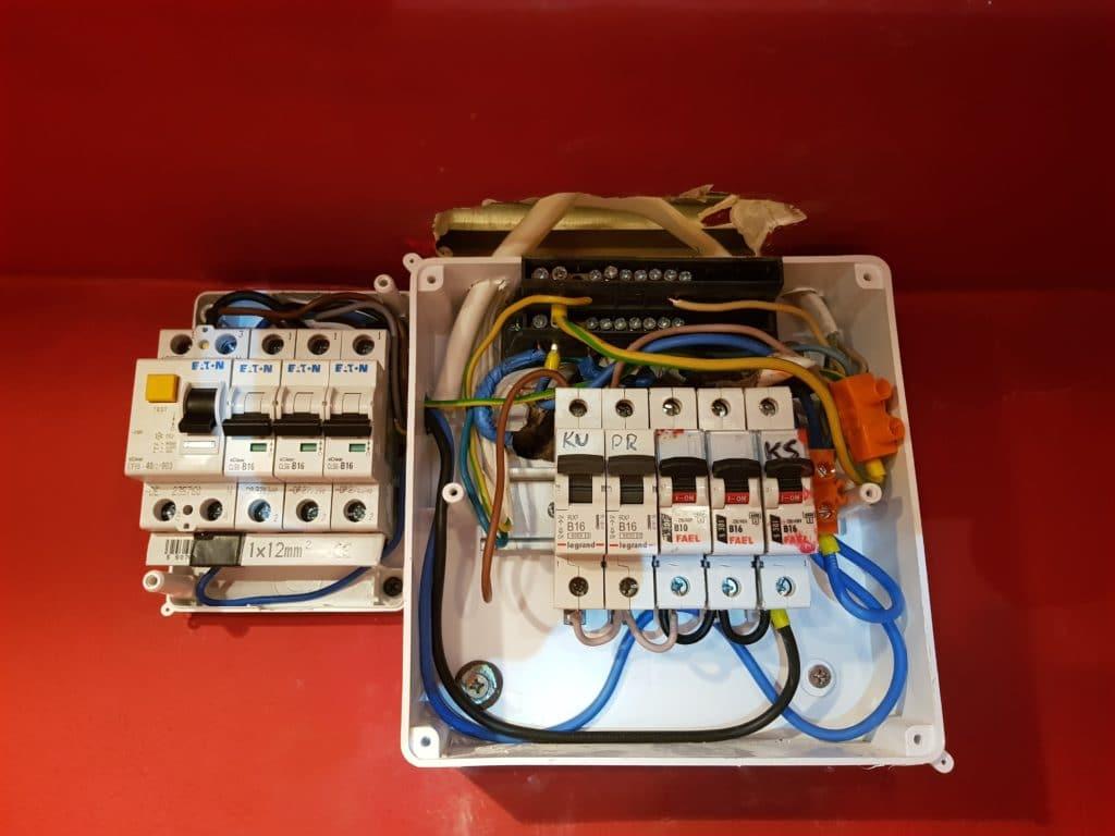 AGAT - Warszawa, mazowieckie - zajmujemy się pomiarami instalacji elektrycznych budynków i impedancji pętli zwarcia